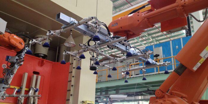 Robots De-stacker Grippers IMG_0323